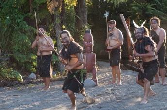 Mauri Show rotorua New Zealand - Theatress Travels
