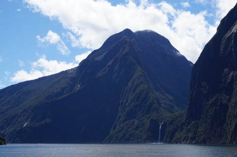 Milford Sound 4 New Zealand - Theatress Travels