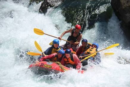 River Valley White Water Rafting - New Zealand - Theatress Travels