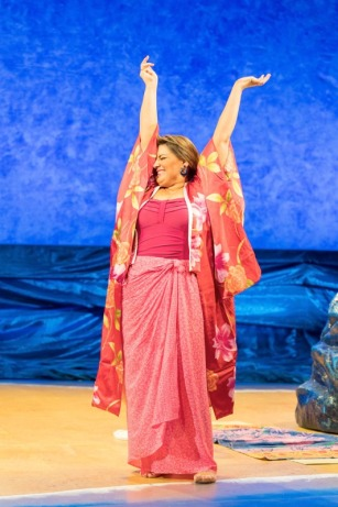 Shirley Valentine UK Tour Review 2