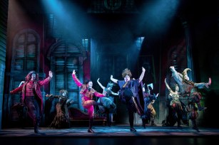 Theatress - The Addams Family Musical UK Tour - Review - Theatre Blog 7