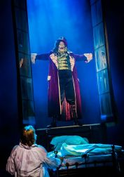 Scrooge the Musical - Curve Leicester - Review - Theatress 6