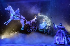 Cinderella - Panto - Belgrade Theatre Coventry - Theatress Review 3