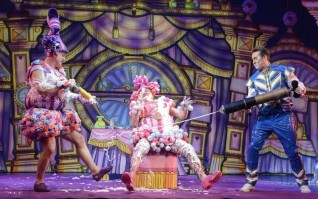 Cinderella - Panto - Belgrade Theatre Coventry - Theatress Review 7