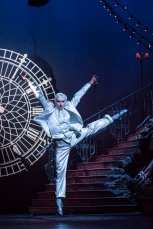 CINDERELLA by Prokofiev ; Directed by Mathew Bourne ; Designed by Lez Brotherston ; at the Saddlers Wells Theatre, London, UK ; 23 November 2017 ; Credit : Johan Persson /
