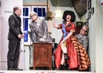 REVIEW The Comedy about a Bank Robbery UK Tour - Theatress Theatre Blog 2