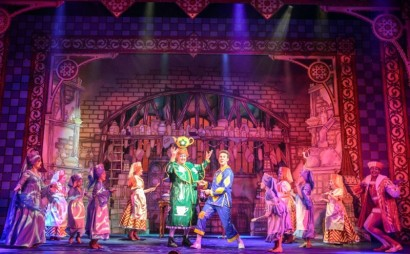 Sleeping Beauty Pantomime - Belgrade Theatre Coventry - REVIEW Theatress Blog 5