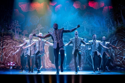 Peter Pan Pantomime Review - Northampton - Theatress Theatre Blog 3