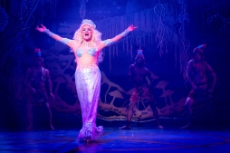 Peter Pan Pantomime Review - Northampton - Theatress Theatre Blog 7
