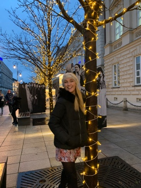 warsaw christmas markets - travel blog - theatress 2