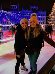 warsaw christmas markets - travel blog - theatress 55