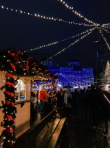 warsaw christmas markets - travel blog - theatress 7
