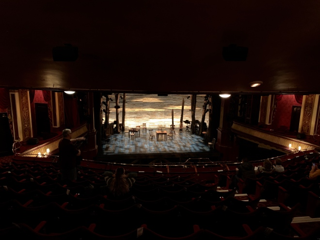 Come From Away London - Where to sit at Phoenix Theatre - Theatress Blog 1
